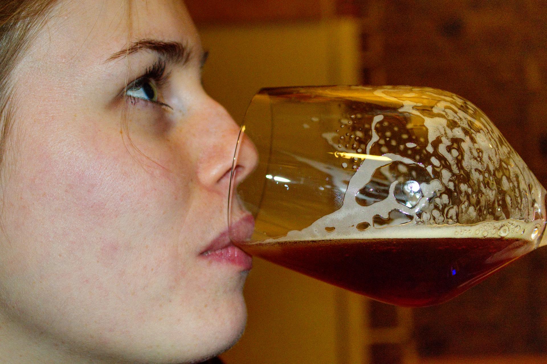 oberaudorfer privatbrauerei bayerisch herzlich gemütlich einmalig tragen bier oberaudorf berge tracht